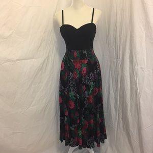 Vintage Floral Maxi Skirt Pockets Stretch Waist